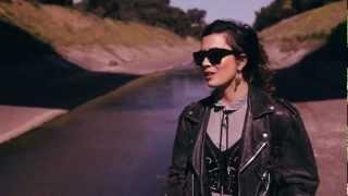 Clubfeet - Heartbreak feat. Chela (Official Video)