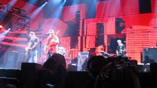 Xutos & Pontapés - Contentores (MEO Arena)