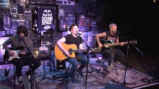 Fall Out Boy - My Songs... (Light Em Up) [Acoustic at KROQ Red Bull Sound Space]