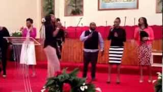"""GET Praise Team opening worship song """"Easy to Love"""""""