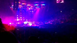 Nickelback - Burn It To The Ground - Live from Rupp Arena