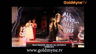 FELA'S DAUGHTER, YENI KUTI FALLS ON STAGE