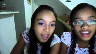A Amizade- por thais e stephanie