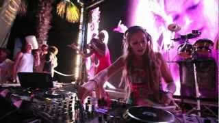 High on Heels - Live at Nikki Beach  St Tropez Belgian Party Aniversary