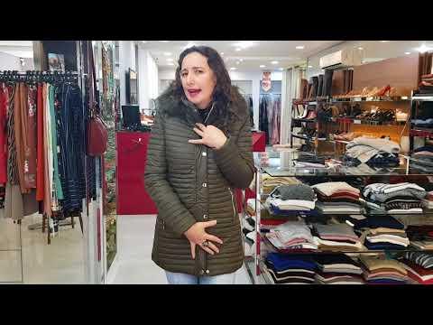 Jaqueta Estofada Alongada Feminina Capuz Com Pelo Pellini Cor Oliva