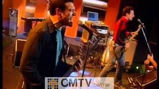 Catupecu Machu - Y lo que quiero es que pises sin el suelo (CM Vivo 2001)