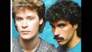 Family Man-John Oates&Dary Hall WITH LYRICS!!!