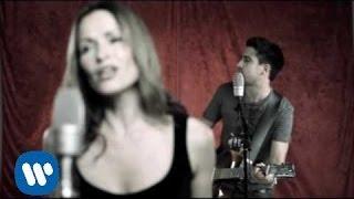 Alex Ubago - Amarrado A Ti (Dueto con Sharon Corr) (Video Oficial)