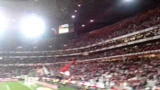 hino benfica! 2/3/2011 - benfica 2 - 1 sporting ...