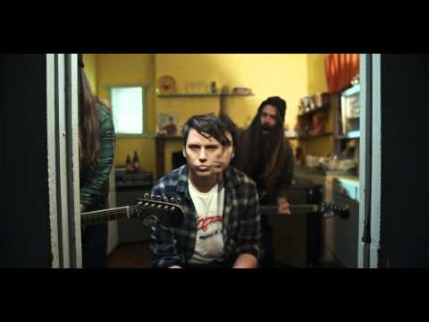 violent-soho-fur-eyes-official-video-iohyoumusic