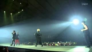 SHINee -  Up & Down  (Live)
