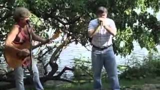 Doug Bagge joins David Ippolito That Guitar Man from Central Park.m4v