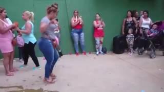 Gitanas bailando 2016  rumbas portuguesa centollito
