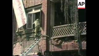 KASHMIR: SRINAGAR: 11 PEOPLE INJURED IN BOMB EXPLOSION AT MARKETPLACE