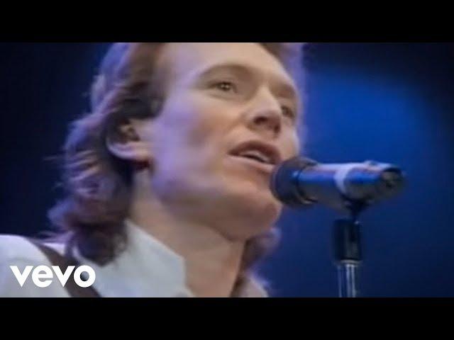"""Vídeo de la canción """"Back in the High Life Again"""" de Steve Winwood."""