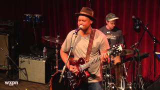 """Son Little - """"Cross My Heart"""" (Live at Non-Comm 2015)"""