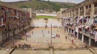 O documentário que retrata a realidade dentro do Presídio Central
