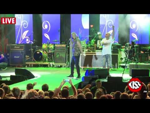 Cabron - Frunzele si iarba (live)