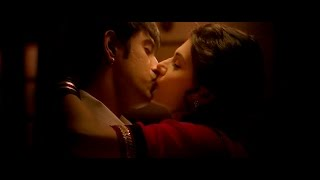 Hot kissing Taapsee Pannu | Amit Sadh  *Running shadi* width=