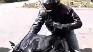mtt y2k - A moto com motor de helicóptero. Se liga no barulho da turbina.