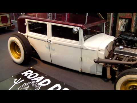 Thumbnail for Hot rods @ Essen motorshow 2013 - Motorkultur