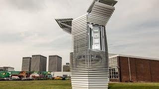 Uma torre de purificação do ar para reduzir a poluição nas cidades