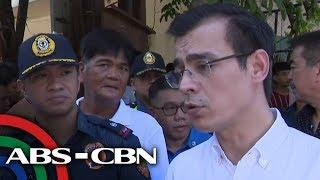 Banyo sa Bonifacio: Isko nakaapak ng t*e malapit sa city hall; station commander sinibak | TV Patrol