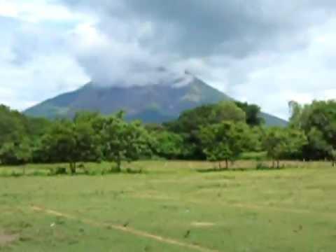 En Camino al Volcan Concepcion, Nicaragua