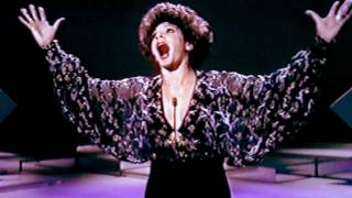 Shirley Bassey - The Party's Over (A Jule Styne song) (1976 Show #2)