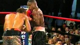 Floyd Mayweather Jr vs Emanuel Augustus