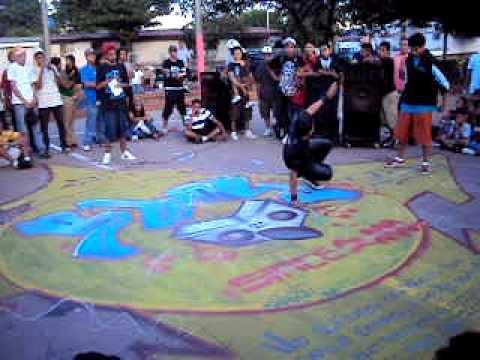 Escena Boy Nicaragua – Eliminatorias Nica Killed The Beat 2011 – Bboy-Andy (DBC) Vs Bboy-King (OSBC)