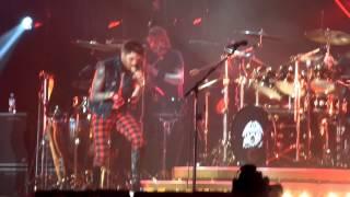 Another One Bites The Dust - Queen + Adam Lambert, Stuttgart 13-02-2015