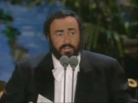 luciano-pavarotti-ave-maria-de-schubert-phantomoftheoperas