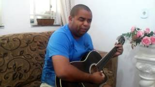 Marcelinho canta, os corações não são iguais, roupa nova.