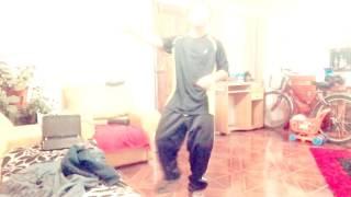 Pablo bailando el toma