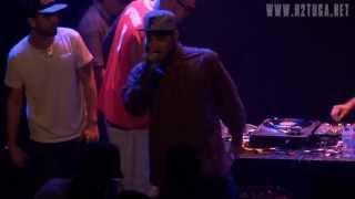 """Valas com DJ Sims - """"Nem Tudo"""" ao vivo no Teatro do Bairro, Lisboa, 19/07/2013"""