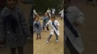 Genio bailando Loquita - Marama