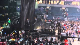 Impressive new stage for Beyoncé (THE MRS. CARTER SHOW WORLD TOUR, 2013) FULL HD