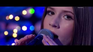 """Roksana Węgiel - """"Cicha Noc"""""""