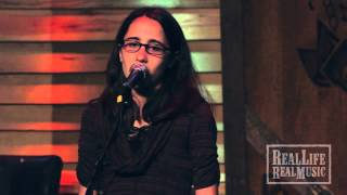 "Brianna Rubens - ""Brothers & Sisters"" Live at Dosey Doe"