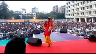 Khesharilal Yadav & Hot Kajal Raghwani Sow In Boriwali