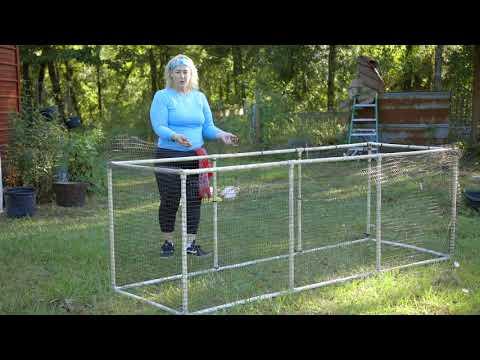 DIY #FarmLife Chicken Coop