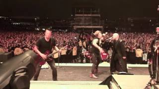 Jacoby Shaddix of Papa Roach Joined Disturbed On Stage At Rock On The Range