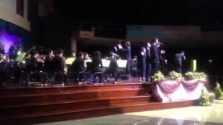 Cantando junto a la sinfónica - Harold Guerra