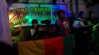 Fandangaço louco de bueno no pqt lanceiros da tradição com o grupo gaúcho amigo