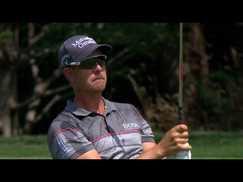 Stenson sticks approach on No. 2 at PGA Championship