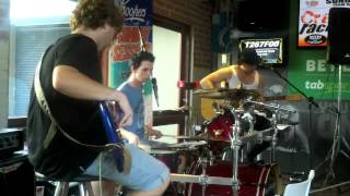 Radioactive (Kings of Leon cover) - The Ben Francis Band
