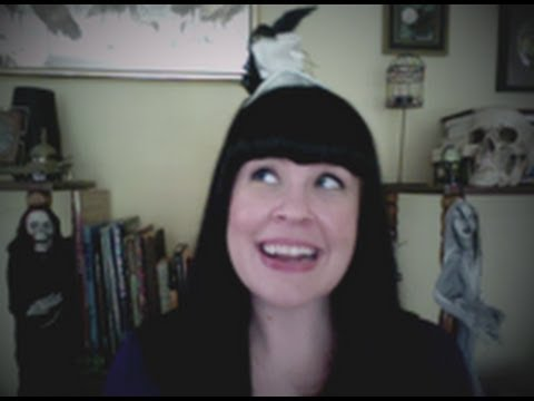 Ask a Mortician- Halloween & DEATH