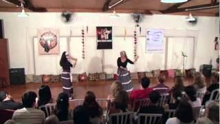 Estrela e Marah Moreira na 12ª Noite Greco-Àrabe - dança cigana turca