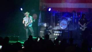Ted Nugent - Fred Bear Live Part 1